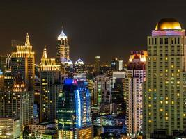 natt i Bangkok Thailand foto
