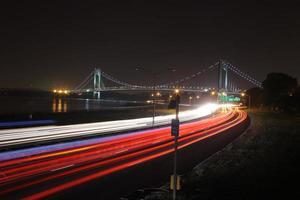 den längsta bron i New York City foto