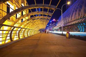 city road ironbridge of night scene foto