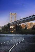 manhattan bridge new york city foto