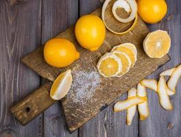 citroner med låg nyckel foto