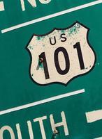 green us 101 södra motorvägskylt foto