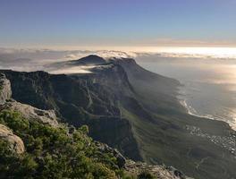 magnifik utsikt över bergen foto