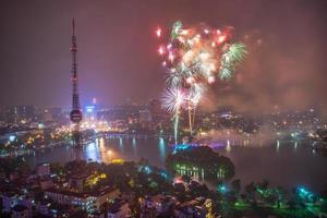 fyrverkeri på ha noi på nationaldagen i Vietnam