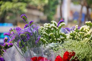 hanoi blommor gatuförsäljare foto