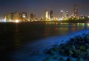 tel Aviv. nattutsikt från jaffa foto