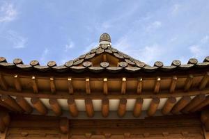 traditionell koreansk stilarkitektur i hanok by, södra K foto