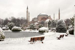 hagia sophia museum på snöig vinter