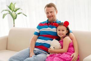 familj med två foto