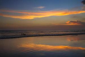 havssolnedgång. foto