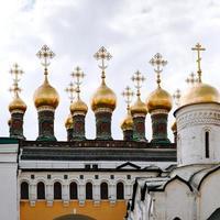 chuches av terem palats i Moskva foto