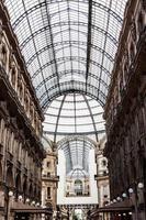 vittorio emmanuele galleri magnifik interiör, milan, italien foto