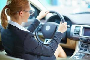 affärskvinna körning foto
