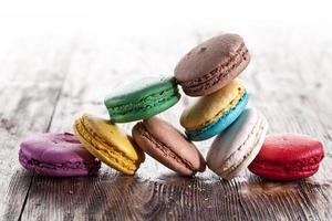 färgglada franska macaron. foto