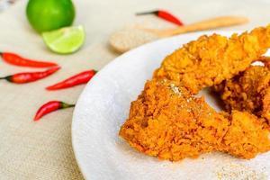 stekt kryddig kyckling foto
