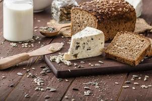 läcker ost med blå ost foto