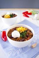skål med chili con carne foto
