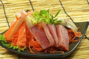färsk sashimi foto