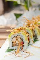japanska rullar maki sushi foto