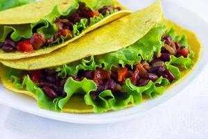 tortillaomslag med grönsaker