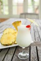 pina colada och ananas foto