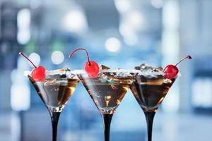 cocktails med körsbär foto