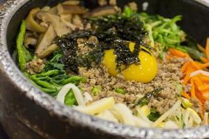 koreansk mat bibimbap foto