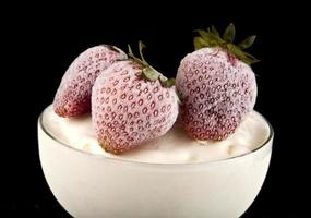 glass med en jordgubbe foto