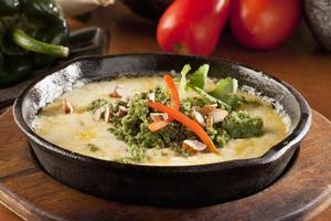 grillad ost med grön chorizo foto