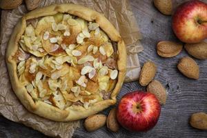 äpple galette crostata tårta söta efterrätt cirkel foto