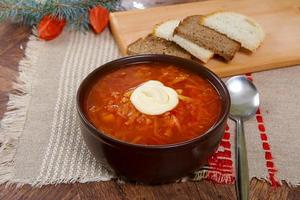 röd soppa borsch foto
