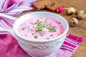kall soppa med grönsaker foto