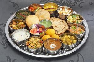 indisk thali foto
