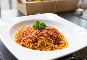 välsmakande spagetti fläsksås foto