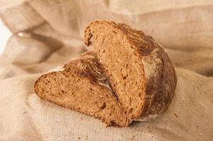 brunt bröd