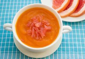 pumpasoppa med grapefrukt foto