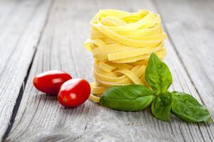 italiensk pasta fettuccine rede foto