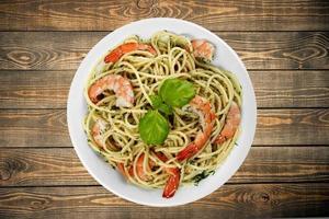 pasta, mat, räkor foto