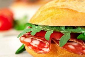 baguette smörgås på nära håll foto