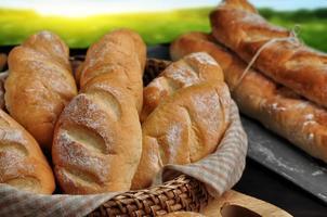 franska bröd mini baguetter foto