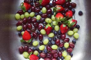 tvättad frukt foto