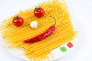 spaghetti con pomodoro creativo foto
