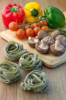 bild av pasta matlagning ingrediens foto