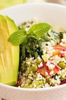 couscous med grönsaker foto