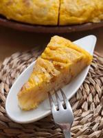 del av spansk omelett foto
