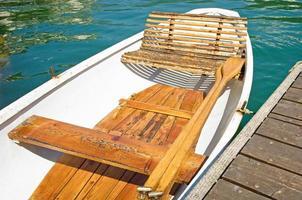 gammal roddbåt foto