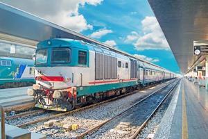 gammalt tåg