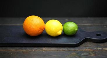 visning av citrusfrukter foto