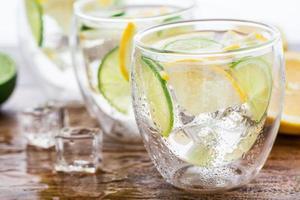 kall färsk limonad foto