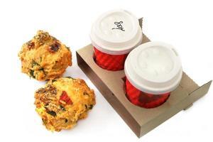 kaffe och muffins foto